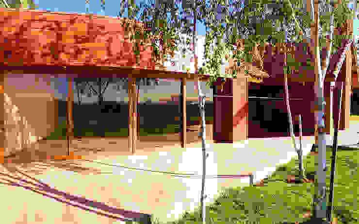 FACHADA PRINCIPAL homify Casas estilo moderno: ideas, arquitectura e imágenes