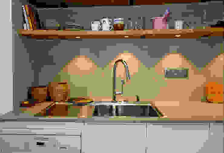 Built-in kitchens by De Heeren, Modern