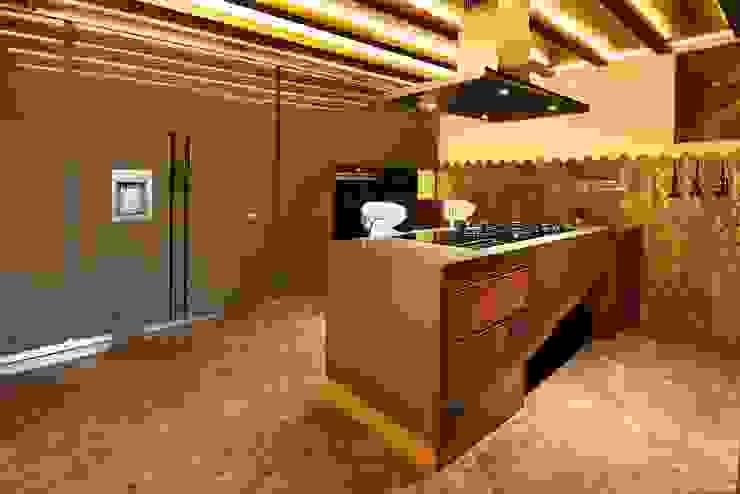 Wooden Modular Kitchen METRIKA MODULER SOLUTIONS PVT. LTD. Country style kitchen