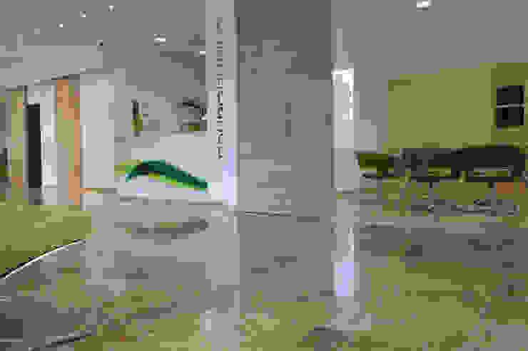 Pavimenti per banche Spazi commerciali moderni di Pietre di Rapolano Moderno Pietra