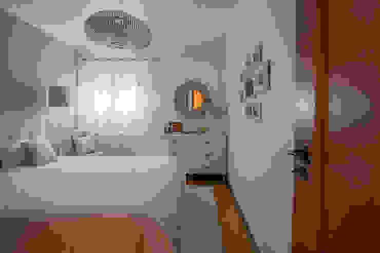 Quarto de casal Mediterranean style bedroom by maria inês home style Mediterranean