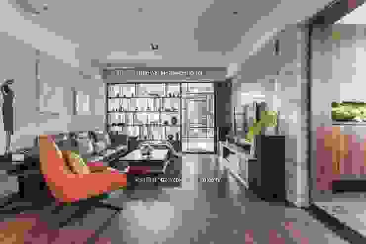 憶~追思:  客廳 by 鼎士達室內裝修企劃, 現代風 實木 Multicolored