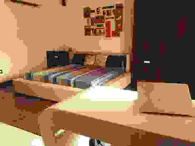 Prateek & Shivangi - Couple Room Interior Modern style bedroom by tcrproject Modern Engineered Wood Transparent