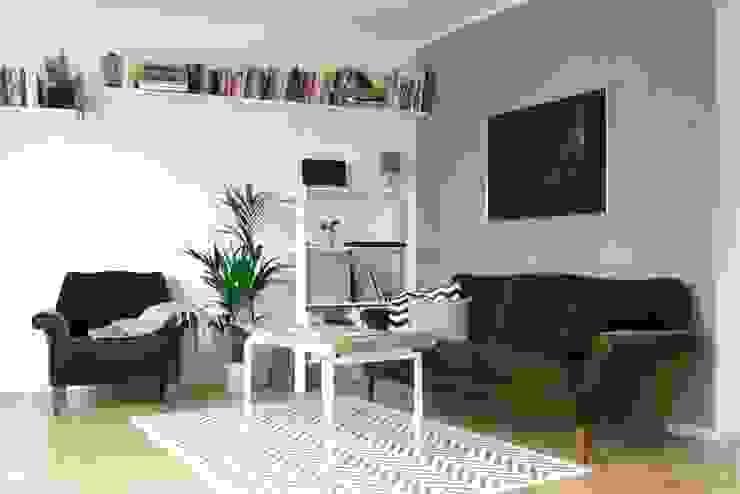 Baltic Design Shop ВітальняСтолики та лотки Дерево Білий