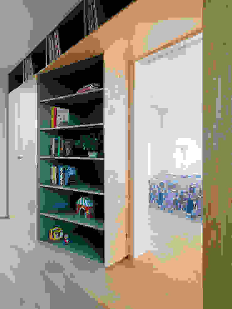 Functional division Kevin Veenhuizen Architects Schuin dak Hout Hout