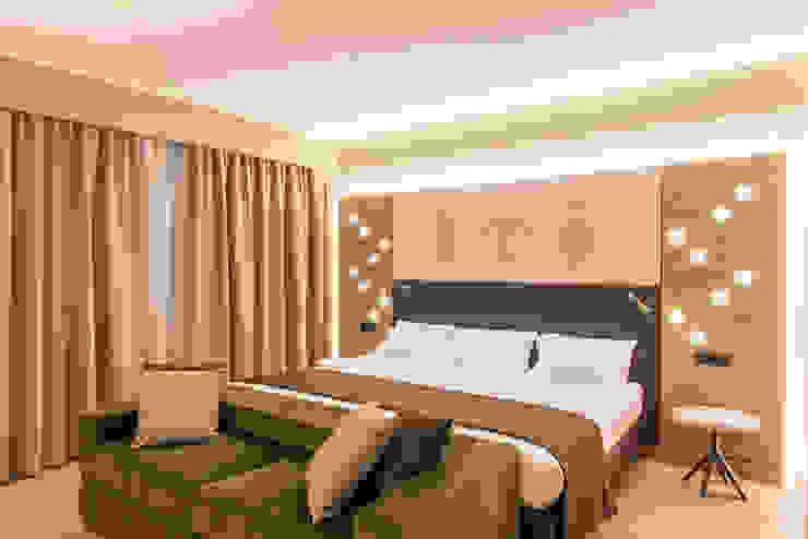 Camera Hotel Fab Arredamenti su Misura Camera da lettoLetti e testate Legno Verde