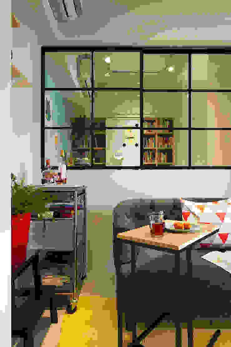 開放的書房,讓光線及空氣更為流通了 根據 一葉藍朵設計家飾所 A Lentil Design 北歐風
