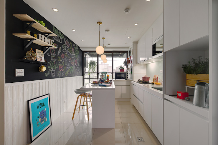 開放而明亮的廚房是每個女主人的夢想 根據 一葉藍朵設計家飾所 A Lentil Design 北歐風