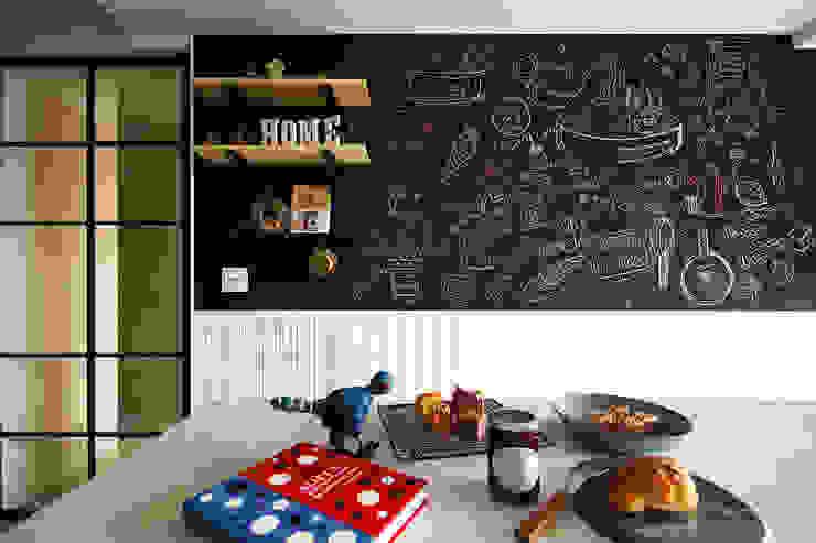 Cocinas de estilo  de 一葉藍朵設計家飾所 A Lentil Design ,