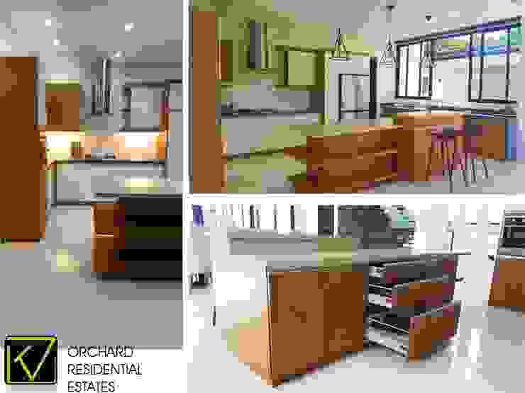 Modern Modular Kitchen by Kat Interior and Design Modern