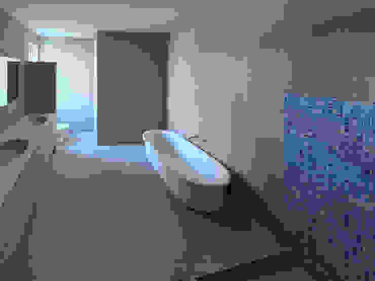 House Mthombeni Minimal style Bathroom by Müller Architecture SA Minimalist