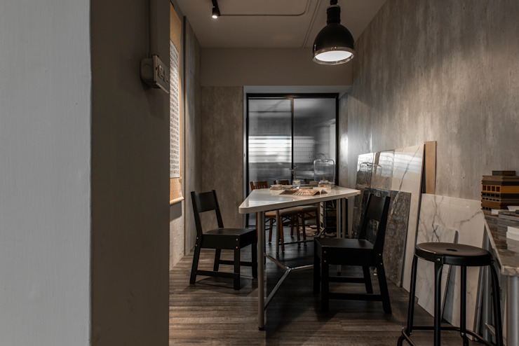 Kantor & Toko Modern Oleh 湜湜空間設計 Modern