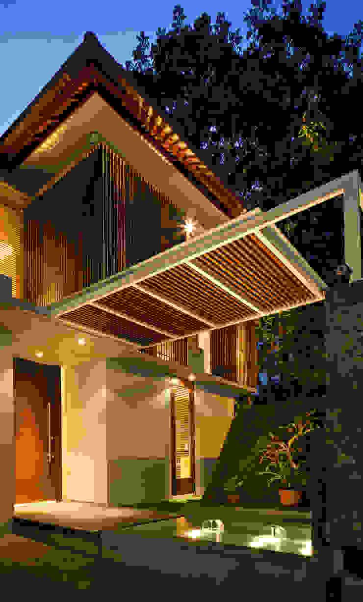 Nakula House Oleh BAMA Tropis