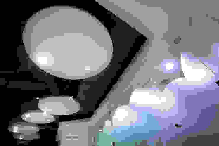 中瀛科技實驗室  辦公室設計: 現代  by 成寰設計有限公司, 現代風 木頭 Wood effect