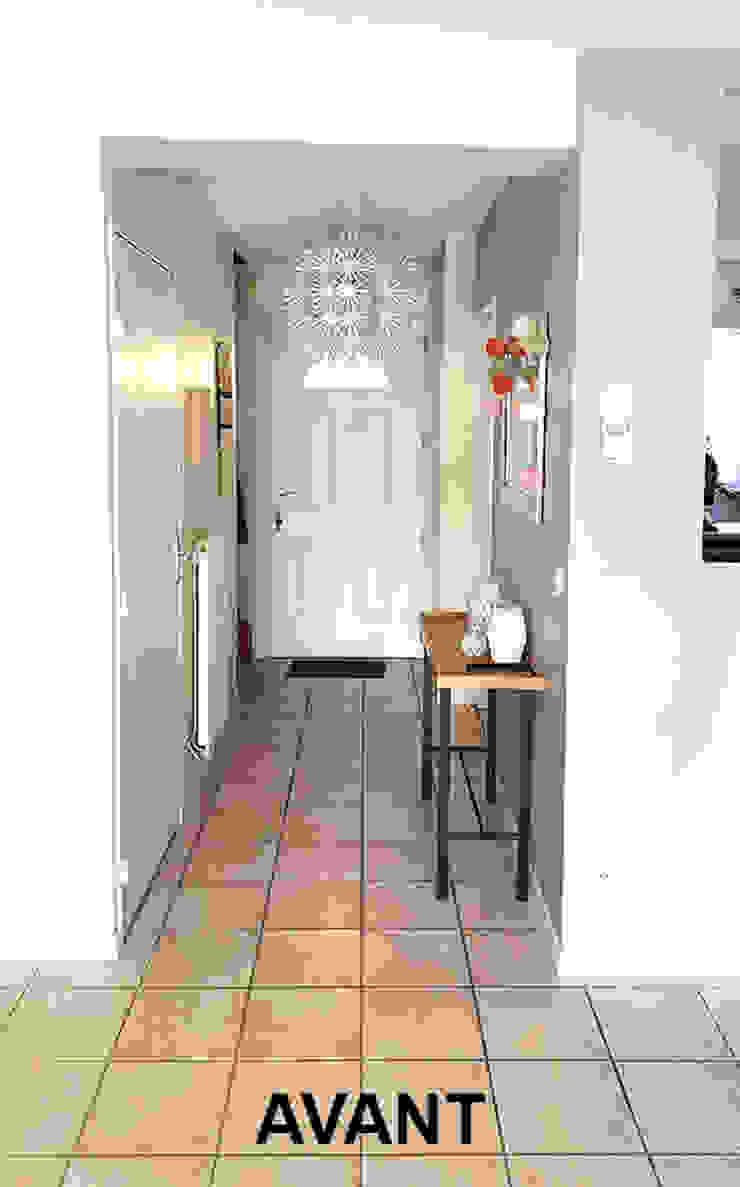 Entrée avant Couloir, entrée, escaliers scandinaves par Benedicte Bergot . Simple Design Scandinave