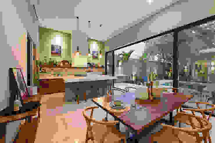 Cocina y comedor de Workshop, diseño y construcción Colonial