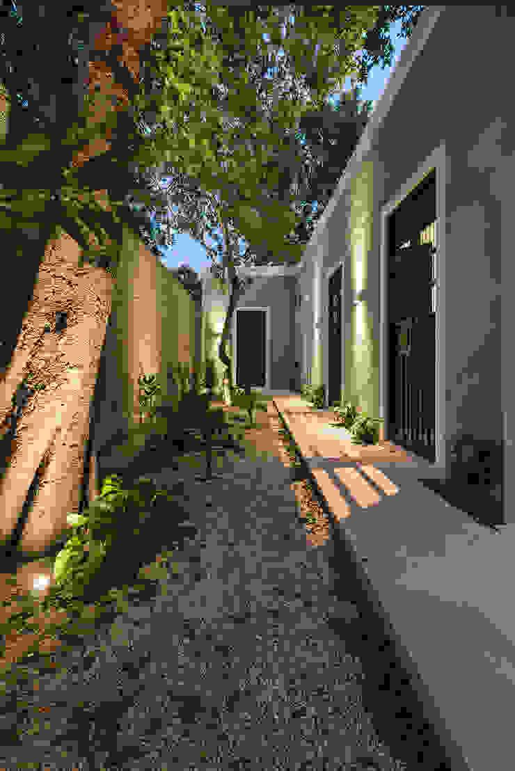 Terraza de Workshop, diseño y construcción Colonial