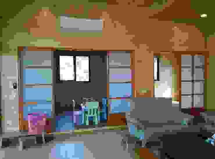 地興木屋有限公司 Asian style bedroom
