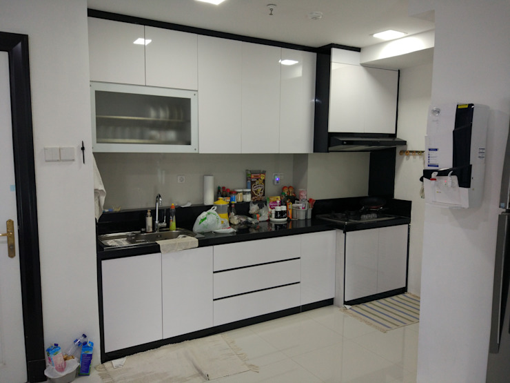 Apartment Mr. Nicholas Dapur Modern Oleh Elora Desain Modern