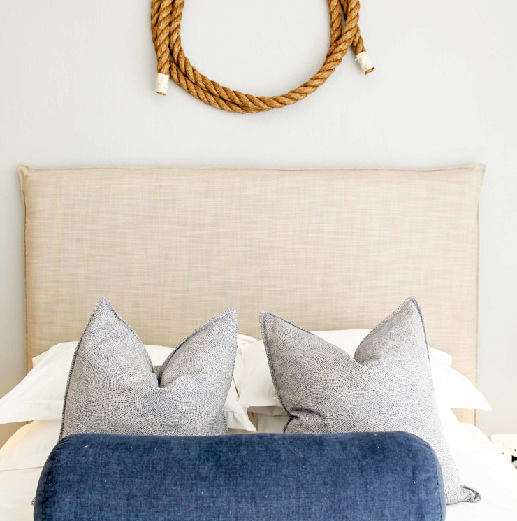 Cape Town Apartment Eclectic style bedroom by Principia Design Eclectic