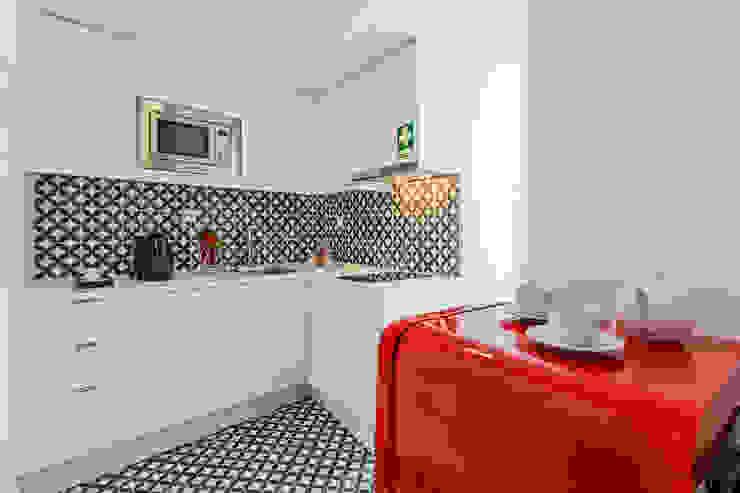 Cucina moderna di Joana Neto   Interiores Moderno
