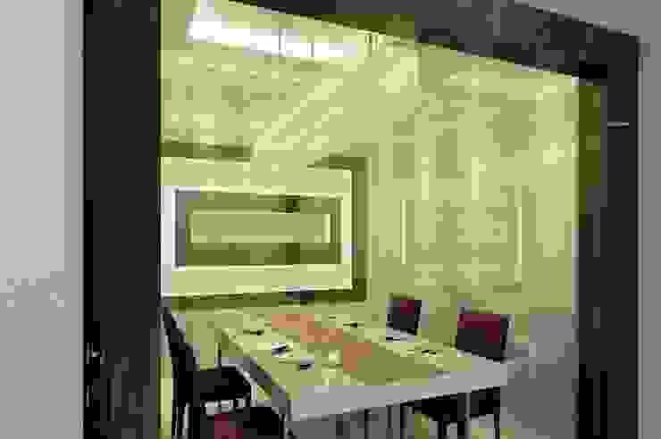 Sunter Resident Mr. Donny :  Ruang Makan by Elora Desain