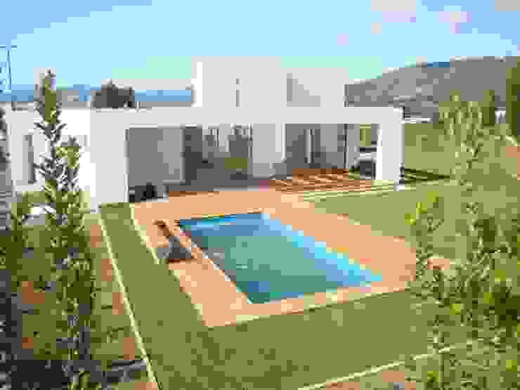 78_CasaMarbella_Vivienda de Rakau Construcción + Arquitectura Moderno Concreto reforzado