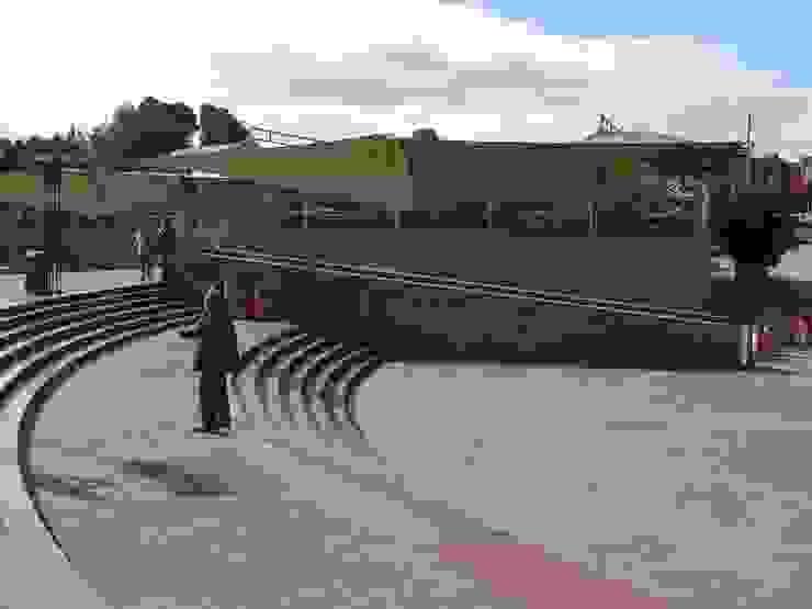 Plaza de los artesanos de Polanco Bernal Arquitectos Moderno