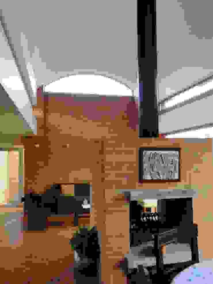Casa de recreo Salas de estilo rústico de Polanco Bernal Arquitectos Rústico