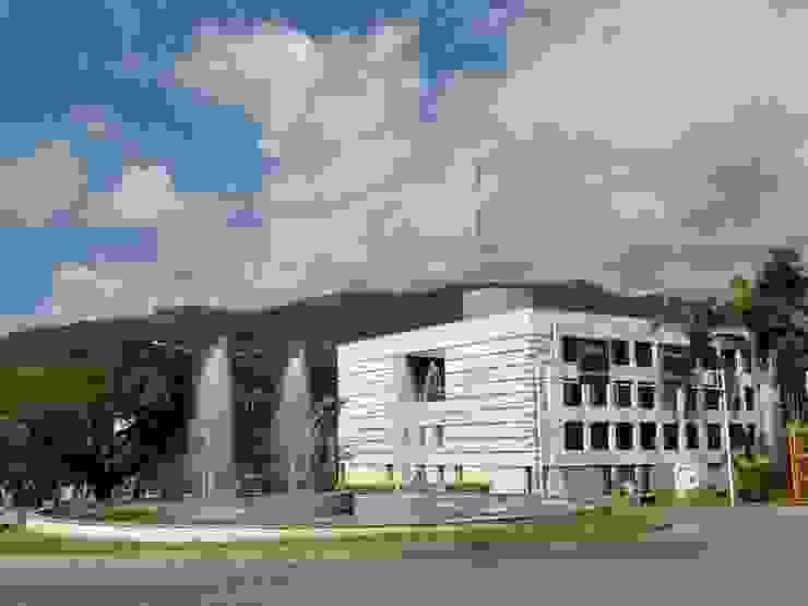 Edificio Cortolima de Polanco Bernal Arquitectos Moderno