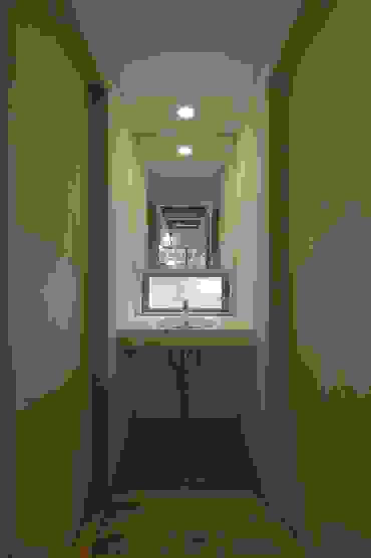 イン・エクスデザイン / in-ex design.Co.,Ltd. Modern Windows and Doors