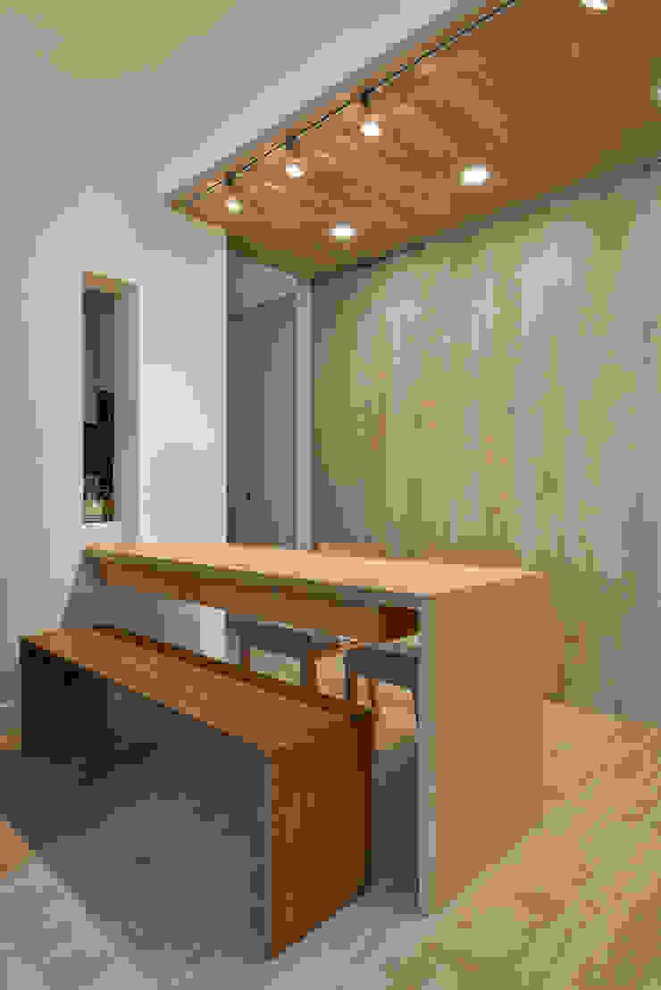靈活的餐廳 Modern Dining Room by 王采元工作室 Modern