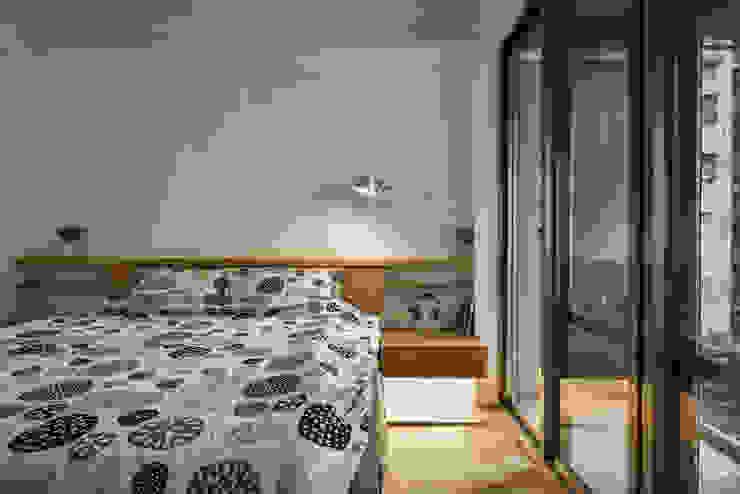 主臥 Modern Bedroom by 王采元工作室 Modern