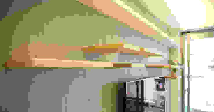 錯落 Modern Living Room by 王采元工作室 Modern