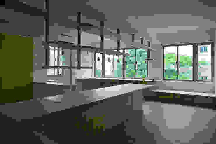另一面看餐桌 根據 王采元工作室 現代風