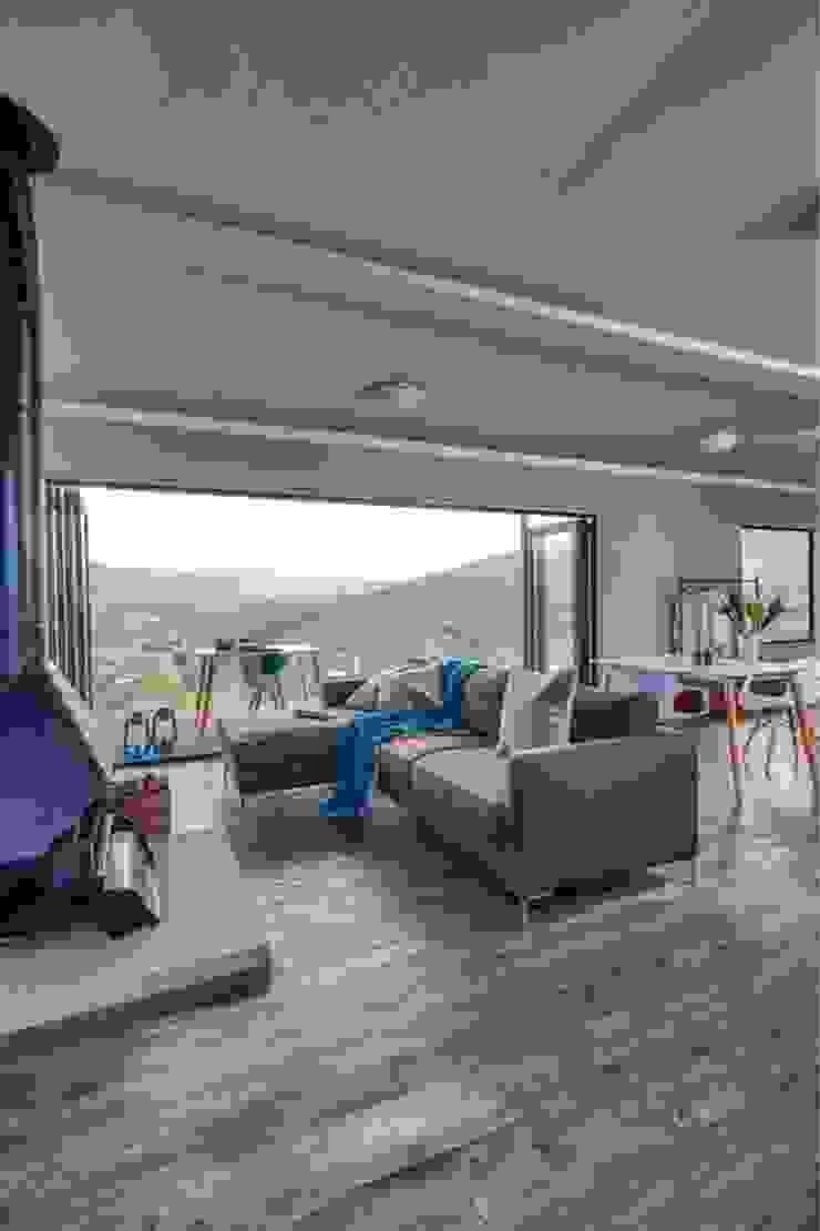 Berman-Kalil Housing Concepts Minimalistische Wohnzimmer
