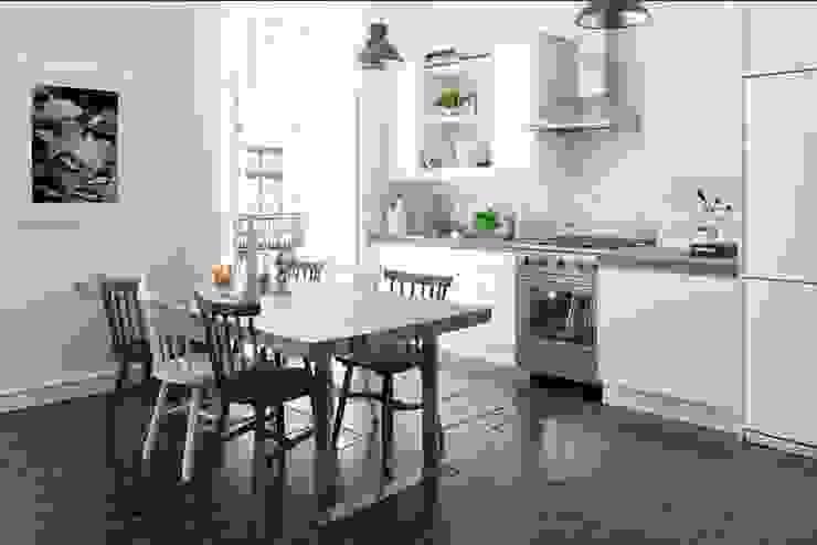 Landhaus Küchen von Delineante Infografía 3D Landhaus