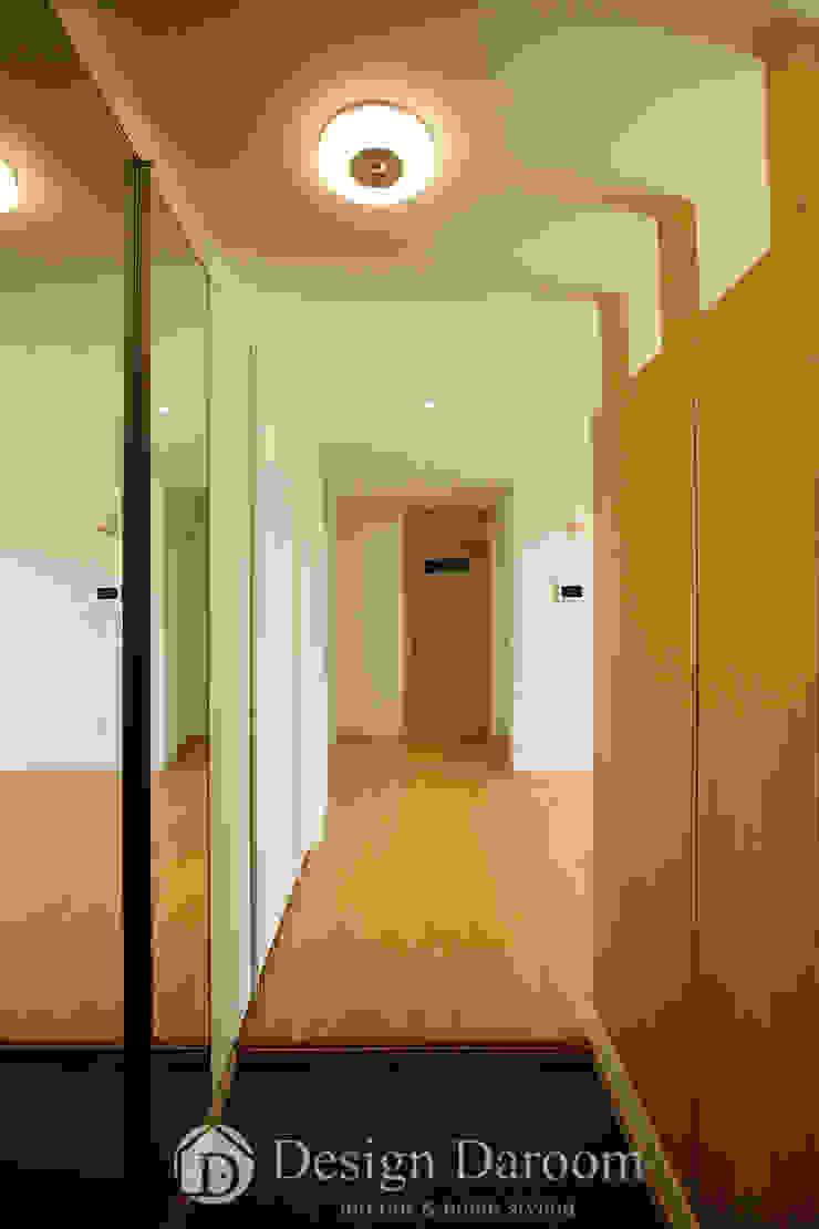 암사동 한강포스파크 25py 현관 모던스타일 복도, 현관 & 계단 by Design Daroom 디자인다룸 모던