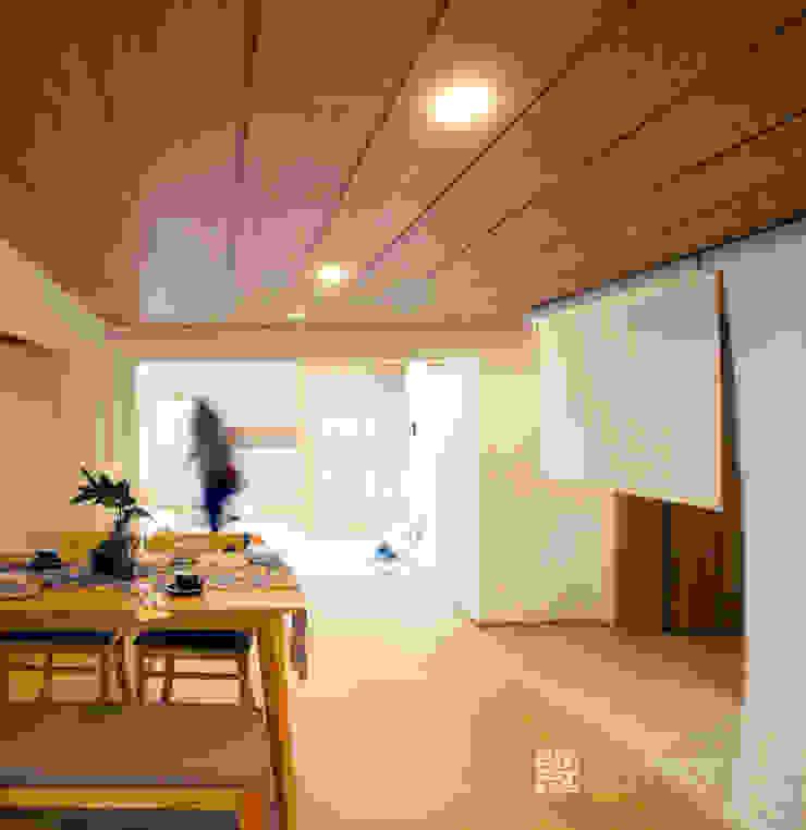 주식회사 착한공간연구소 Asiatische Esszimmer