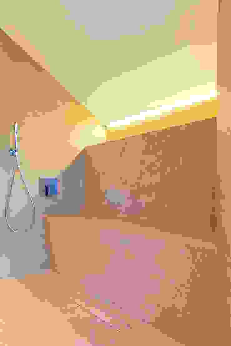 Modern bathroom by mihome Modern