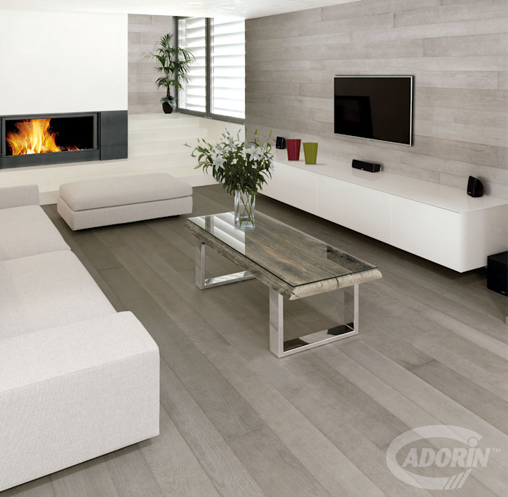 Oak wood floor and wall cladding in Sugar paper finishes Modern living room by Cadorin Group Srl - Top Quality Wood Flooring Modern