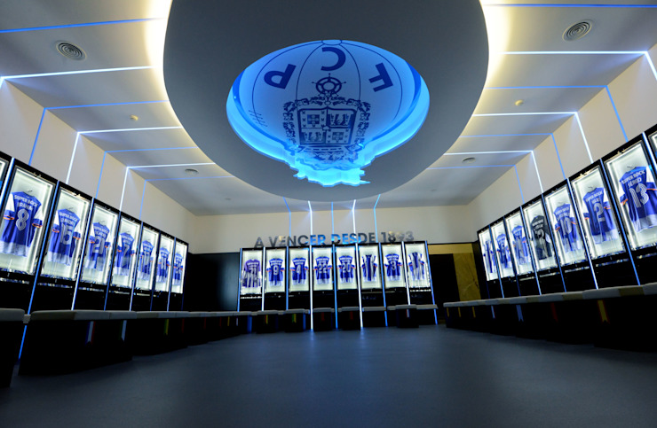 Dressing room F.C.Porto Football Team von bkx arquitectos ...
