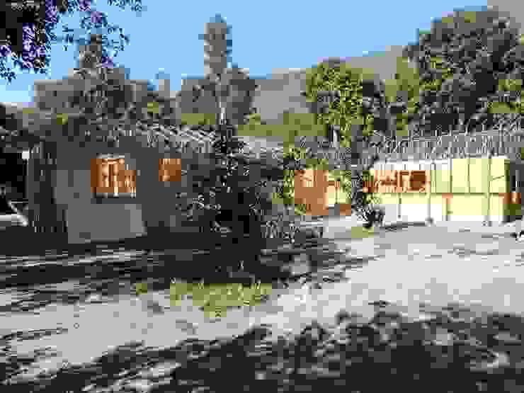 materia prima a la vista Casas de estilo rural de ATELIER3 Rural