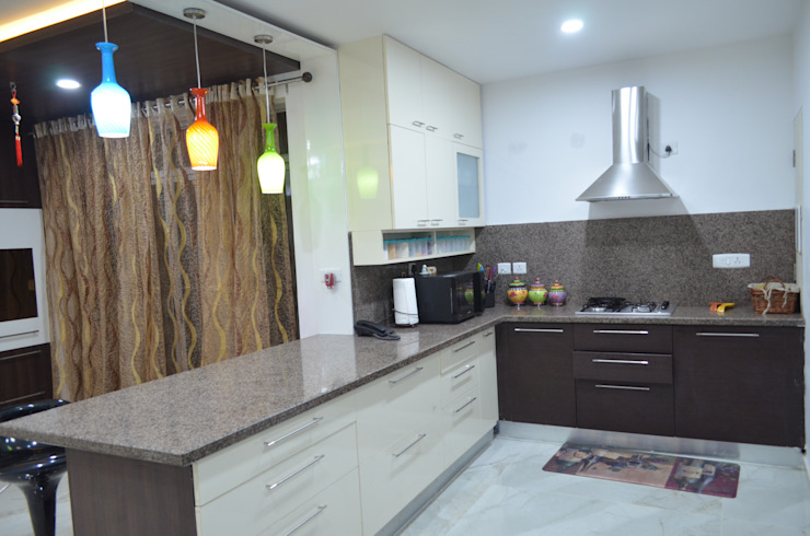 CLASSY DUPLEX HOUSE Modern kitchen by Vdezin Interiors Modern