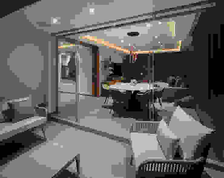 Casa CL Moderner Balkon, Veranda & Terrasse von Concepto Taller de Arquitectura Modern