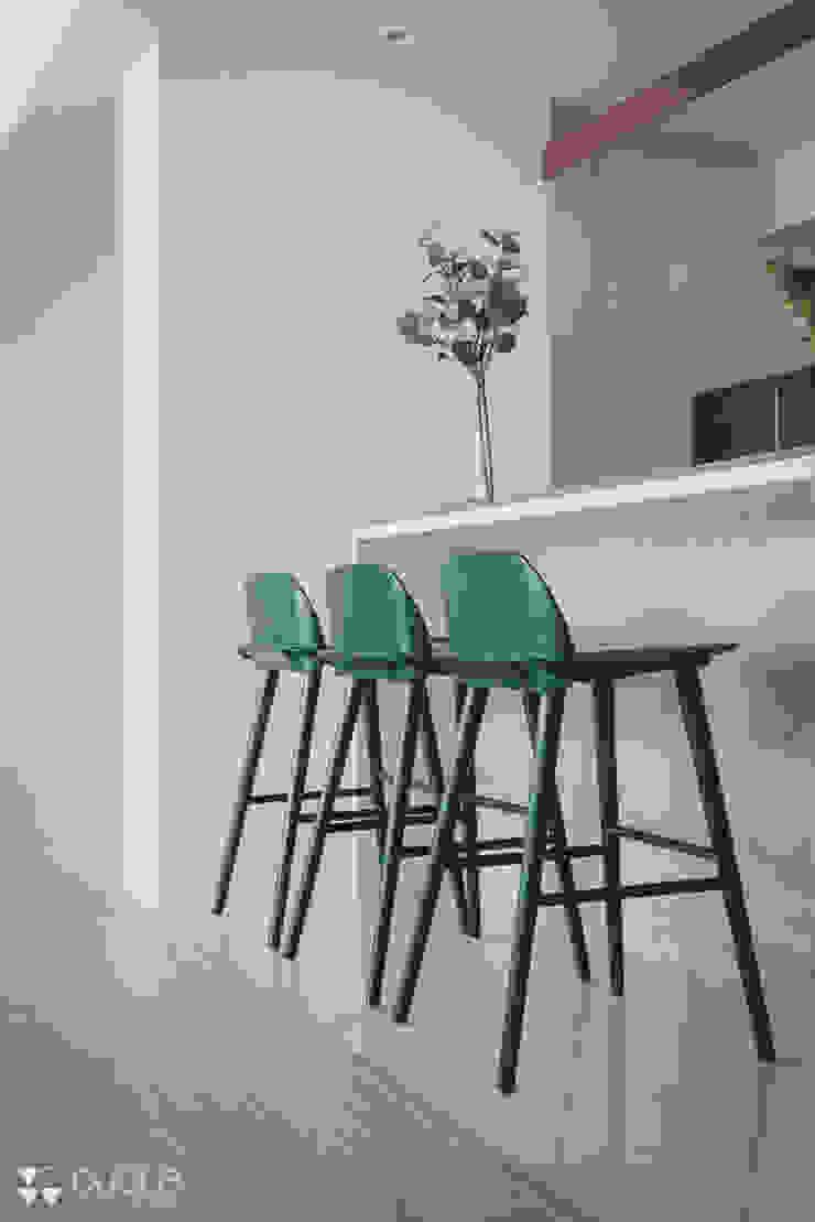 Project | T宅 現代廚房設計點子、靈感&圖片 根據 DUOLE 掇樂設計 現代風