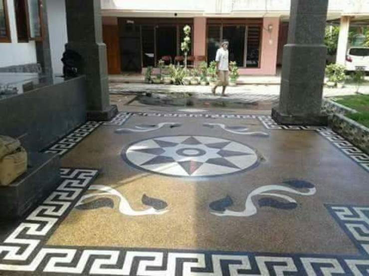 por Tukang Taman Surabaya - Tianggadha-art