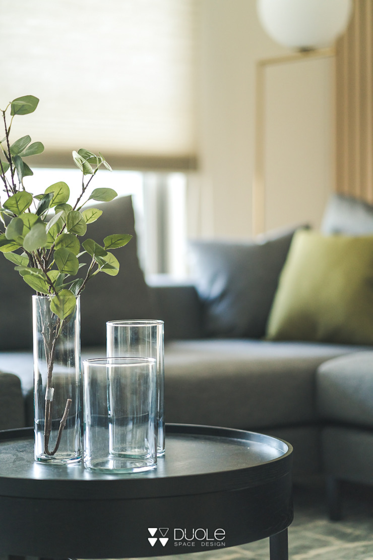 Project | C宅 现代客厅設計點子、靈感 & 圖片 根據 DUOLE 掇樂設計 現代風