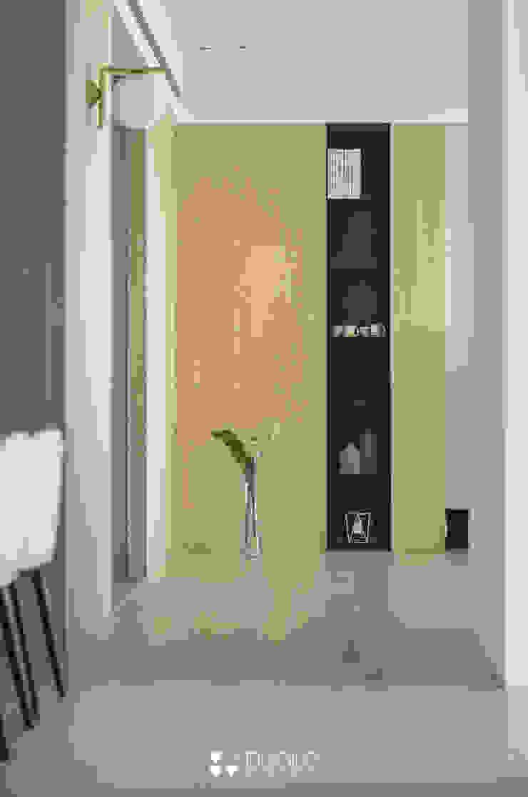 Project | C宅 現代風玄關、走廊與階梯 根據 DUOLE 掇樂設計 現代風