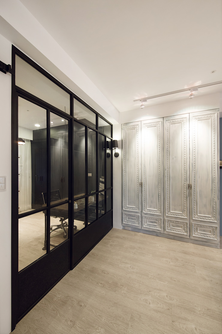 Mediterranean corridor, hallway & stairs by 文儀室內裝修設計有限公司 Mediterranean